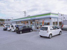 ファミリーマート多賀大社駅前店